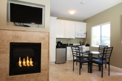 double-queen-kitchenette-fireplace